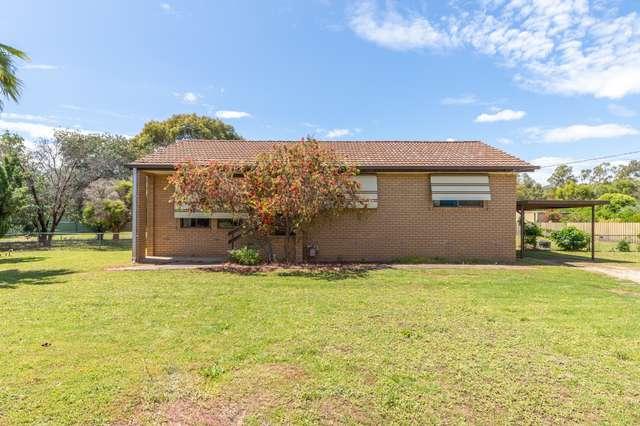 128 Larmer St, Howlong NSW 2643