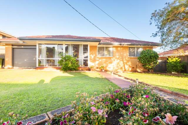 12 Robyn St, Centenary Heights QLD 4350