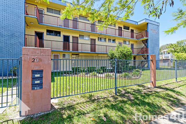 Unit 4/208 Oxley Ave, Margate QLD 4019