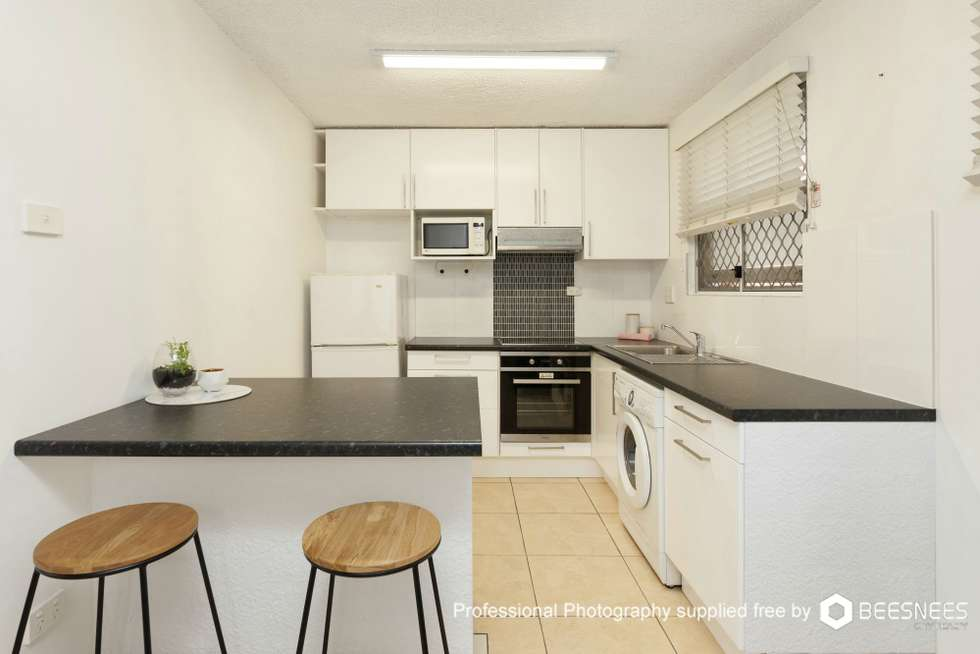 Second view of Homely unit listing, 4/2 Carl Street, Woolloongabba QLD 4102