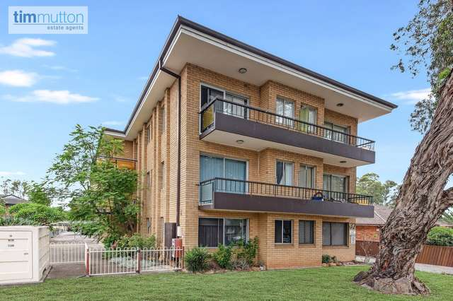 Unit 2/37 Calliope St, Guildford NSW 2161