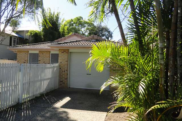 38 Frank St, Graceville QLD 4075