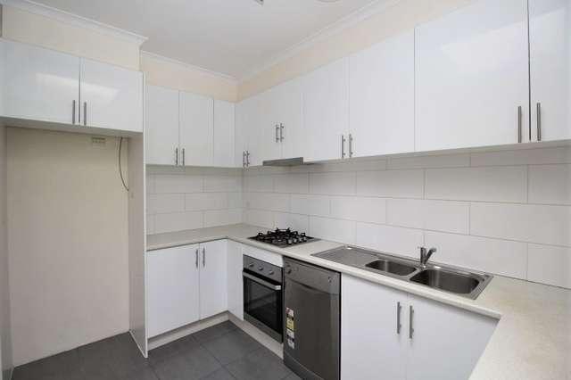 38 Mandowie Rd, Glen Waverley VIC 3150