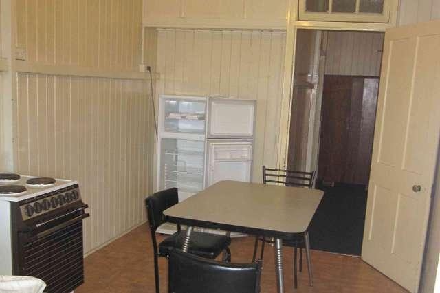 Unit 4/74 Fitzroy Street, Warwick QLD 4370