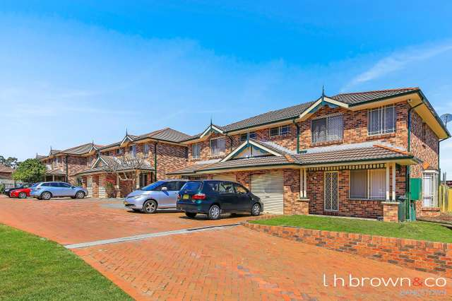 Unit 4/6 Cross St, Guildford NSW 2161