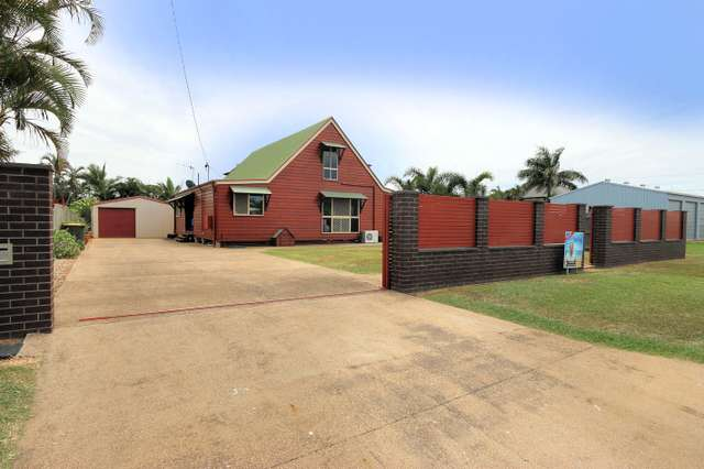 6 Cove St, Burnett Heads QLD 4670