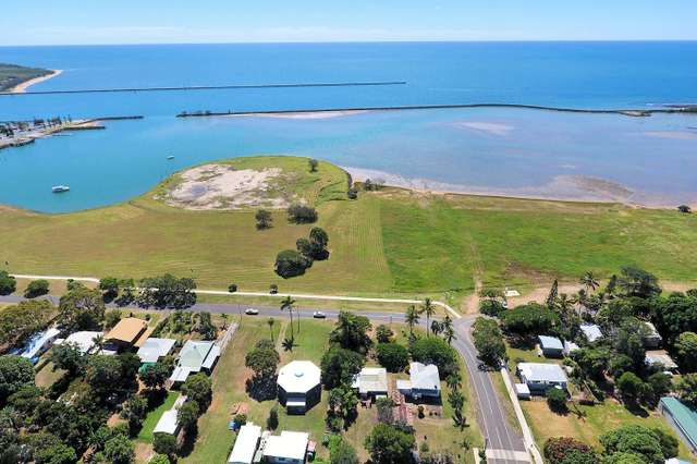 10 Harbour Esplanade, Burnett Heads QLD 4670