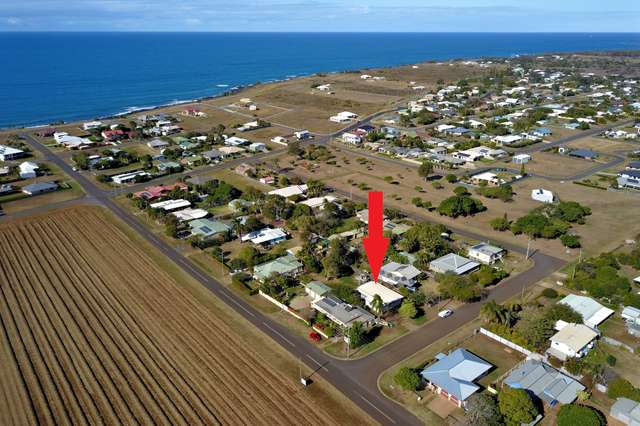 20 Dorothea Mackellar St, Burnett Heads QLD 4670