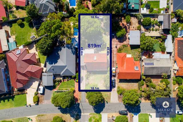 32 Woodley Crescent, Melville WA 6156