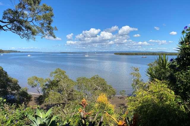 64 Western Rd, Macleay Island QLD 4184