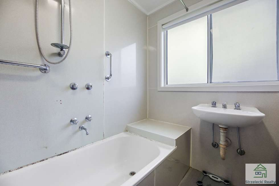 Fifth view of Homely house listing, 8 Phillip St, Moe VIC 3825