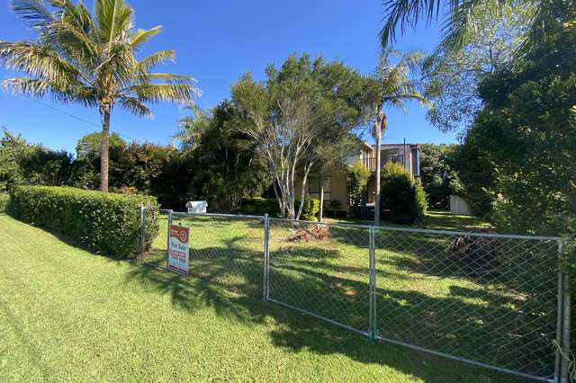 15 Squire St, Macleay Island QLD 4184