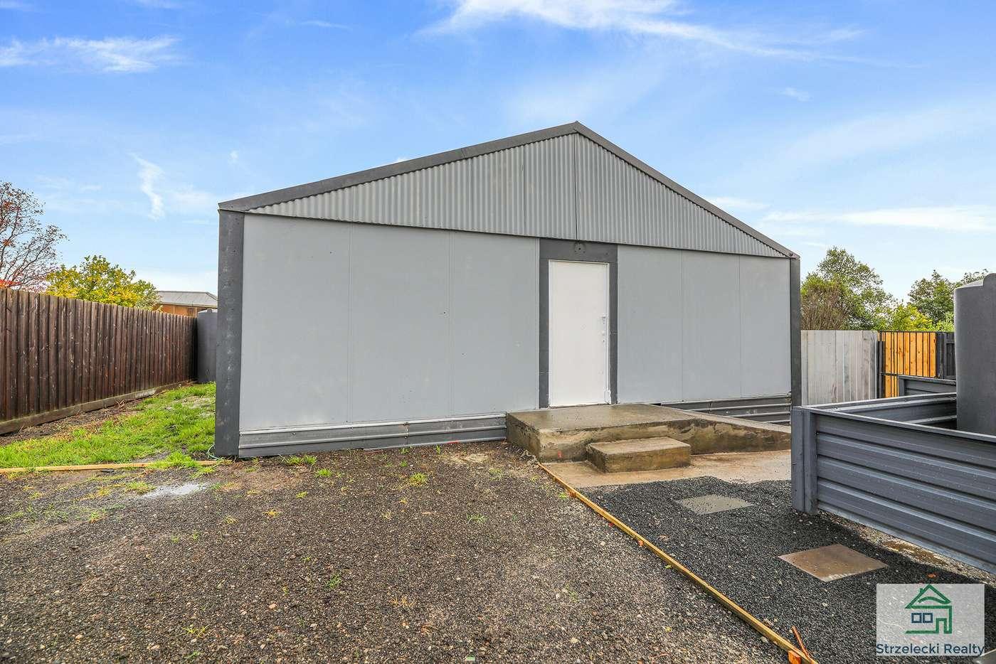 Main view of Homely house listing, 2/3 Luke Street, Moe VIC 3825