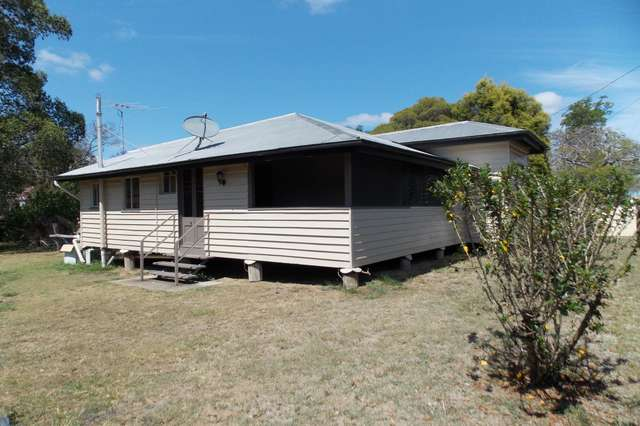 4 Lanefield Rd, Rosewood QLD 4340