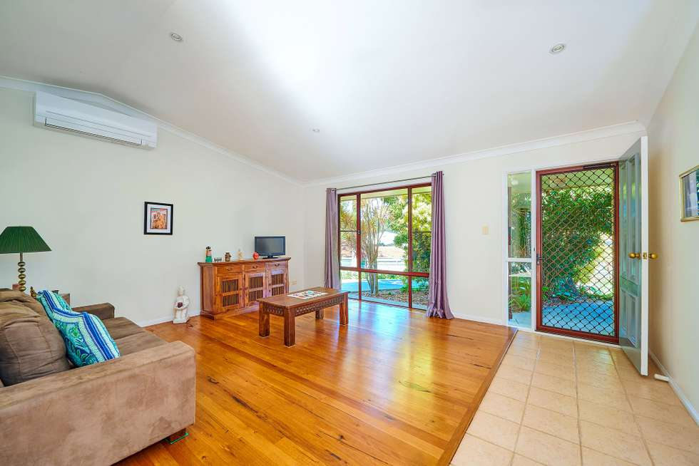 Fourth view of Homely house listing, 1/5 Wilpy Pl, Ocean Shores NSW 2483