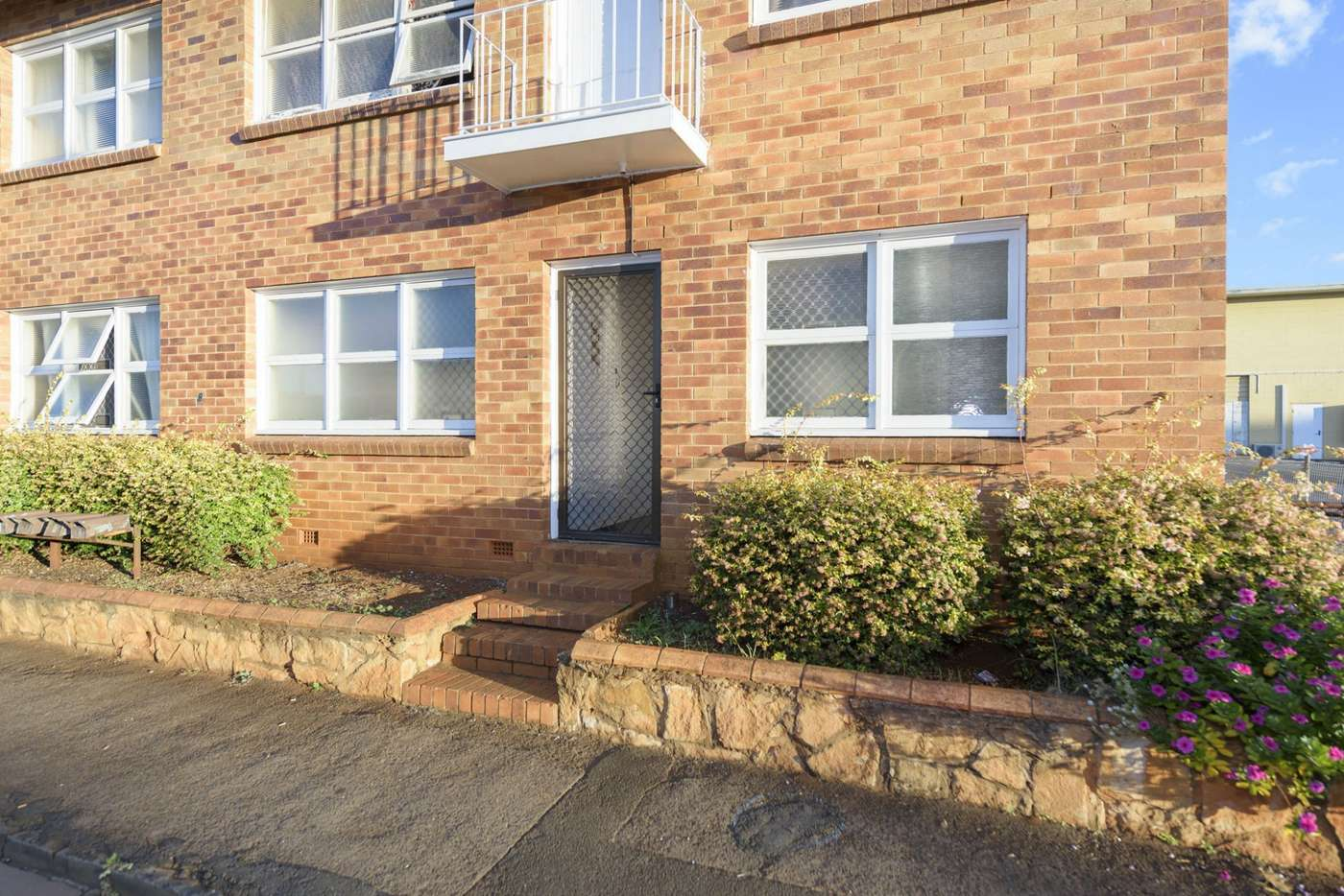 Main view of Homely unit listing, 2/8 Julia Street, Toowoomba City QLD 4350