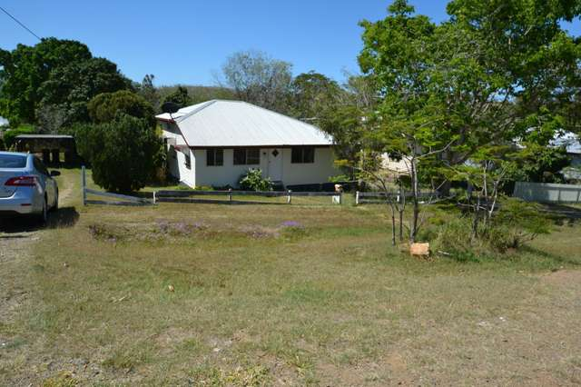 39 Darcy Street, Mount Morgan QLD 4714