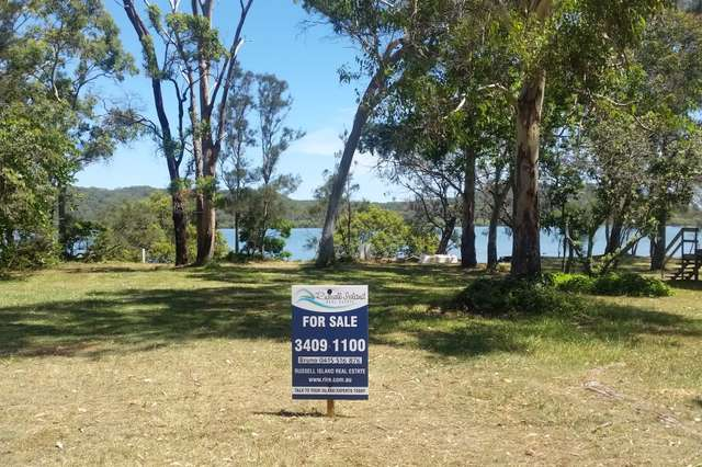 12 Browning St, Russell Island QLD 4184