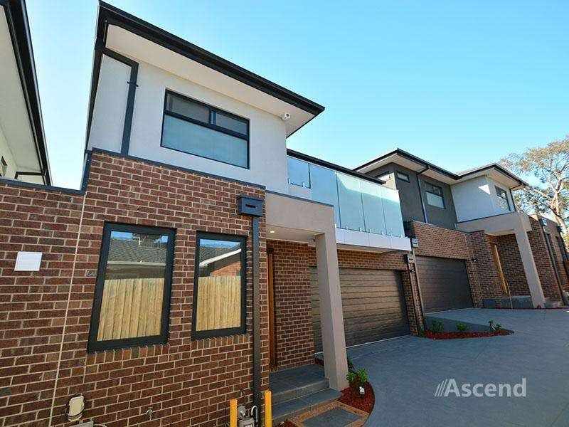 Main view of Homely townhouse listing, 2/18 Leura Street, Doncaster East, VIC 3109