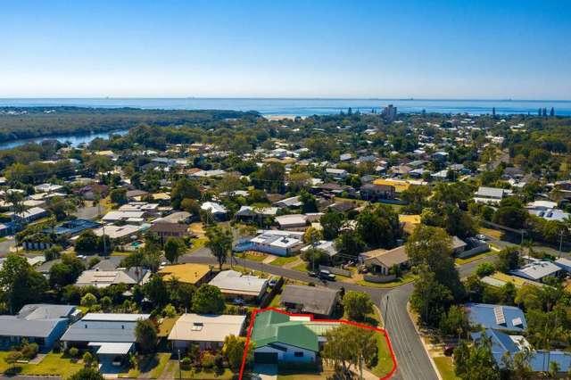 8 Birubi Street, Currimundi QLD 4551