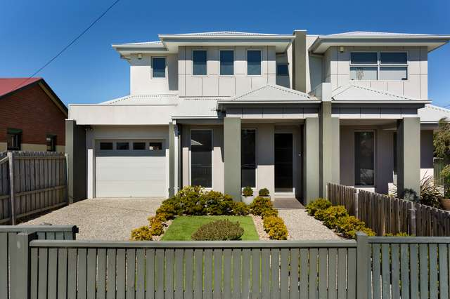 1/4 Laurie Street, Newport VIC 3015