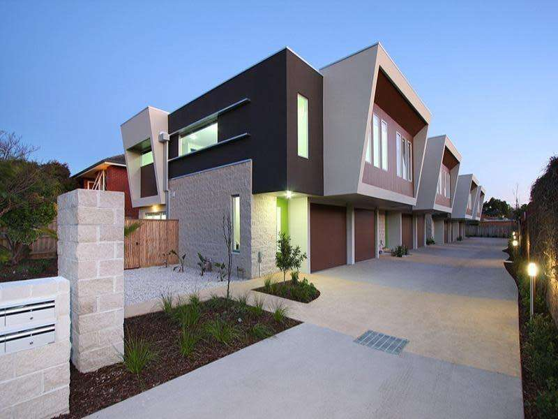 Main view of Homely townhouse listing, 1/41 Coorigil Road, Carnegie, VIC 3163