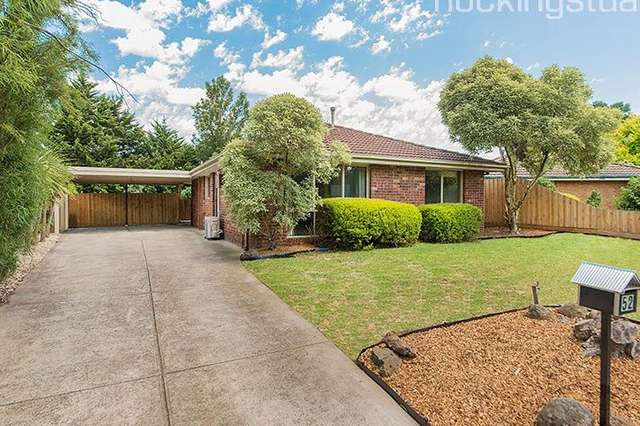 52 Collins Crescent, Berwick VIC 3806