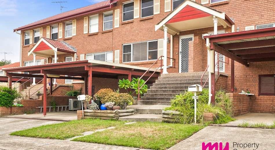 2/36 Macquarie Avenue, Camden NSW 2570