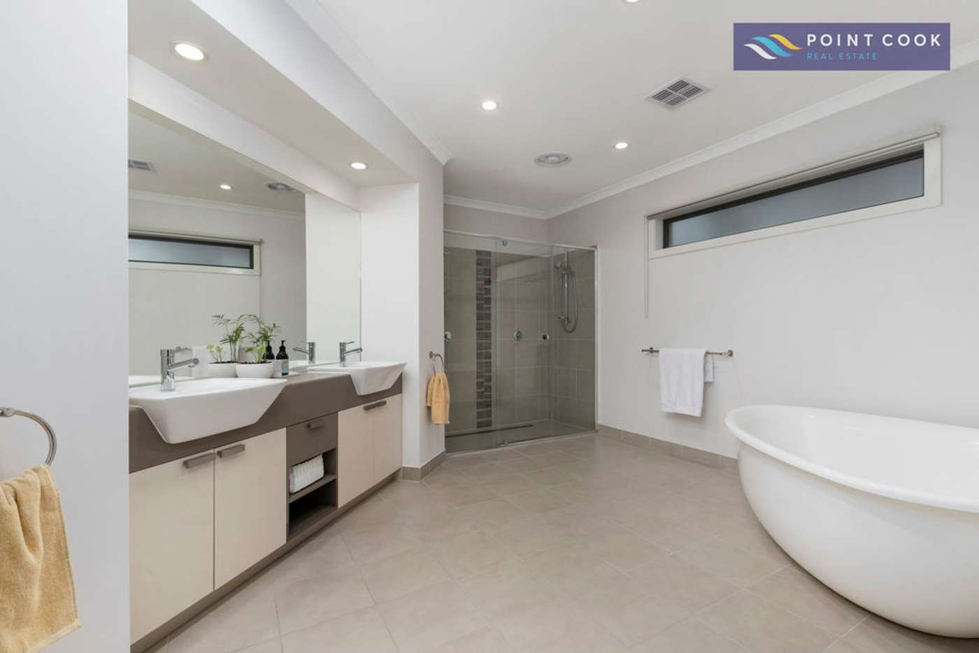 Seventh view of Homely house listing, 17 Japonica Way, Point Cook VIC 3030