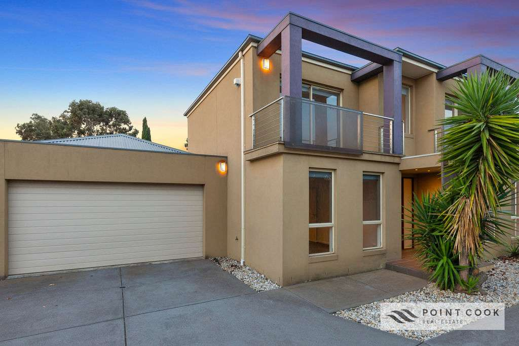 Main view of Homely townhouse listing, 2/231 Point Cook Road, Point Cook, VIC 3030