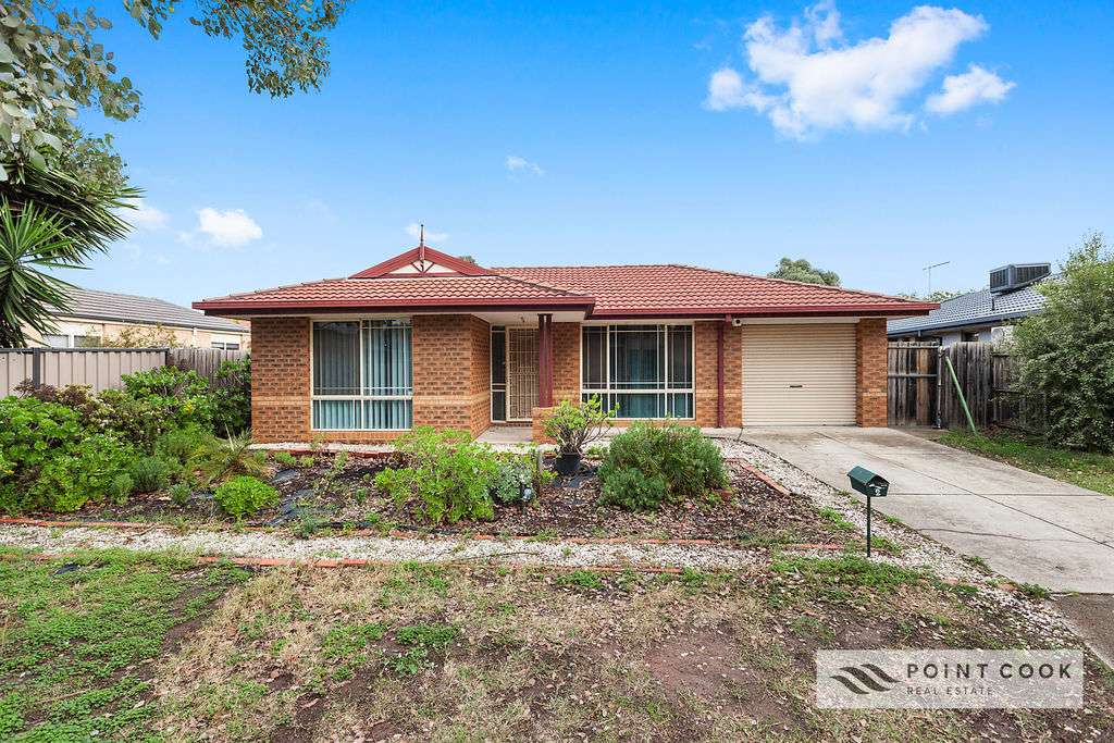 Main view of Homely house listing, 2 Wattle Grove, Point Cook, VIC 3030