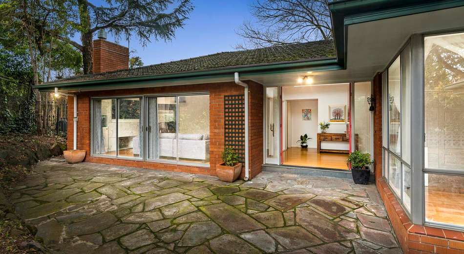 48 Burke Road North, Ivanhoe East VIC 3079
