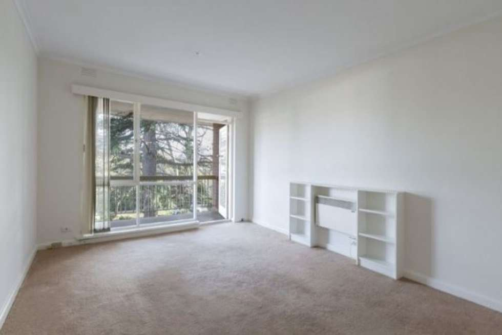 Third view of Homely apartment listing, 6/10 Osborne Avenue, Glen Iris VIC 3146