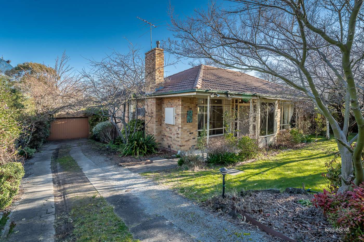 Main view of Homely house listing, 8 Wingate Avenue, Mount Waverley VIC 3149
