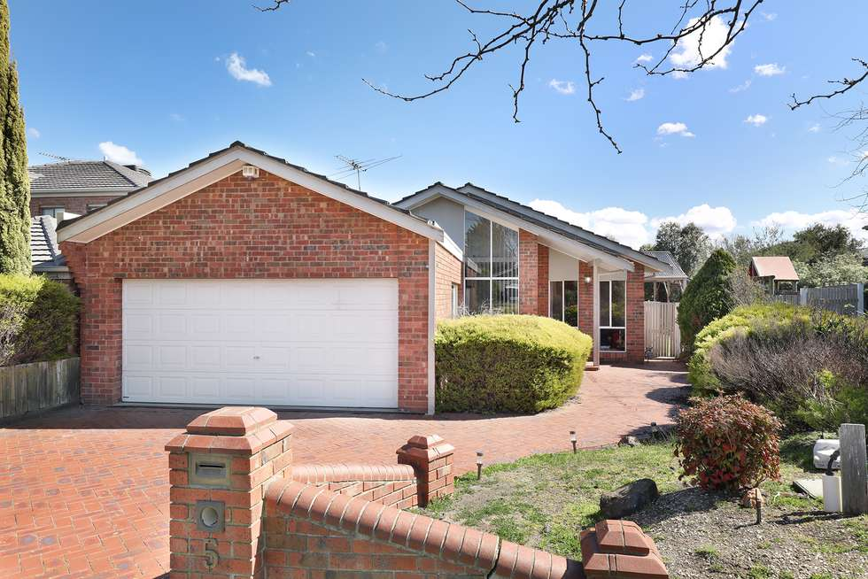 5 Diamond Court, Hillside VIC 3037