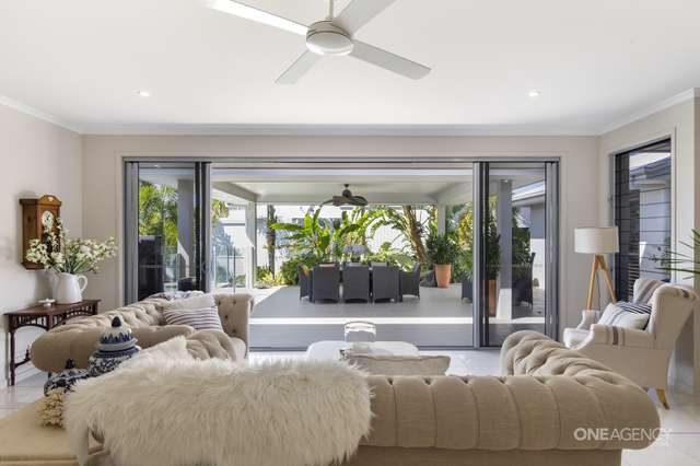 13 Treasure Cove, Noosaville QLD 4566