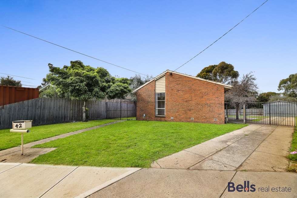 42 Learmonth Crescent, Sunshine West VIC 3020