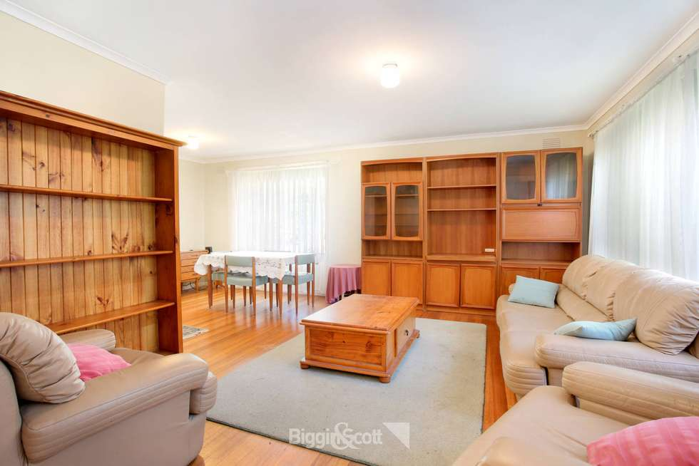 Fifth view of Homely house listing, 33 Silvertop Crescent, Frankston North VIC 3200