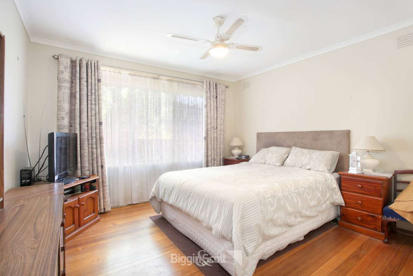Sixth view of Homely house listing, 33 Silvertop Crescent, Frankston North VIC 3200