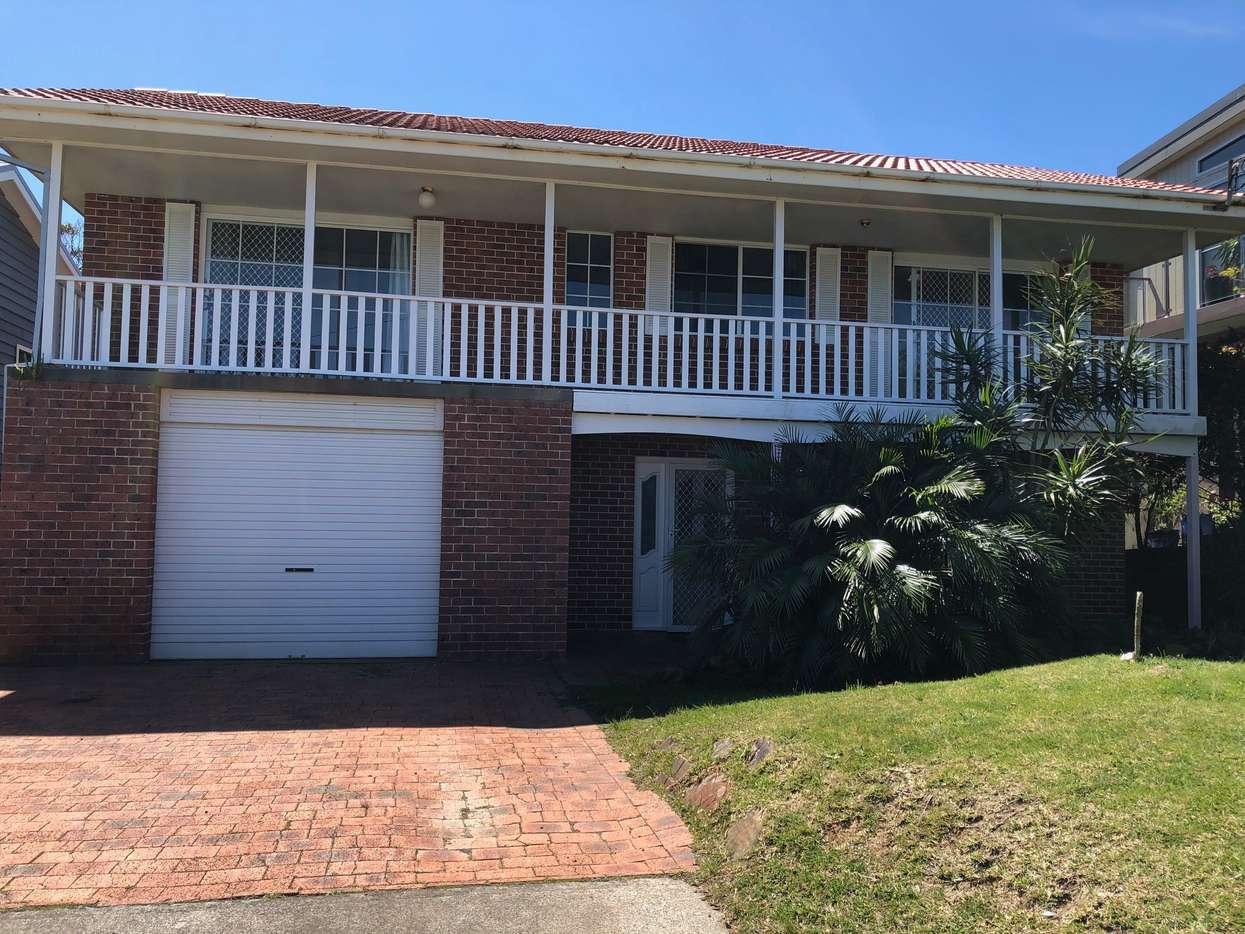 Main view of Homely house listing, 72 Vista Avenue, Copacabana, NSW 2251