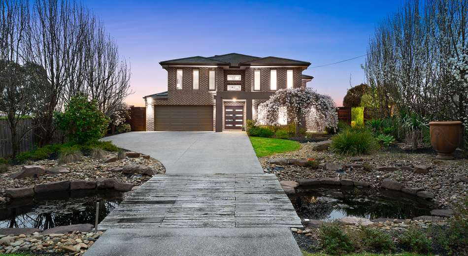 27 Bowness Court