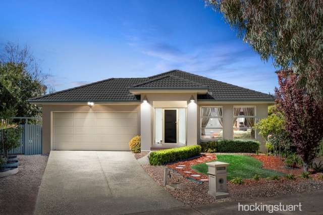 6 Lighthouse Point Close, Sanctuary Lakes VIC 3030