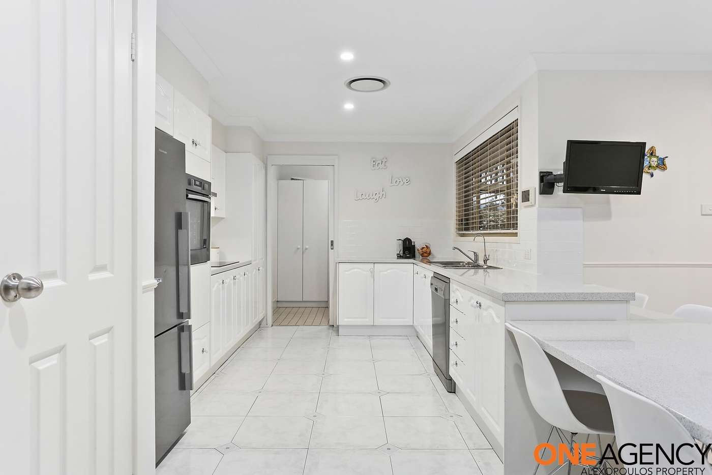 Sixth view of Homely house listing, 8 Nowland Place, Abbotsbury NSW 2176