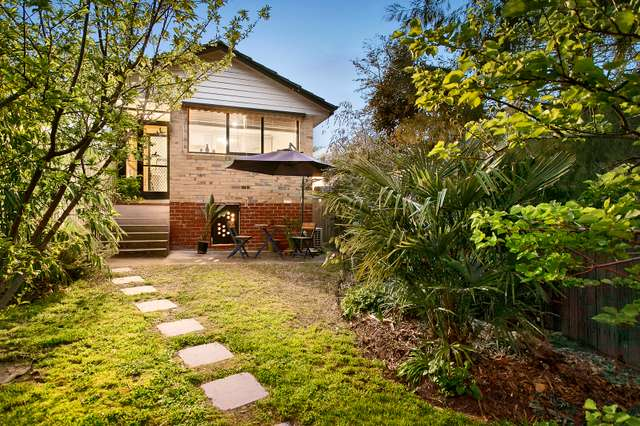25 Sunbury Crescent, Surrey Hills VIC 3127