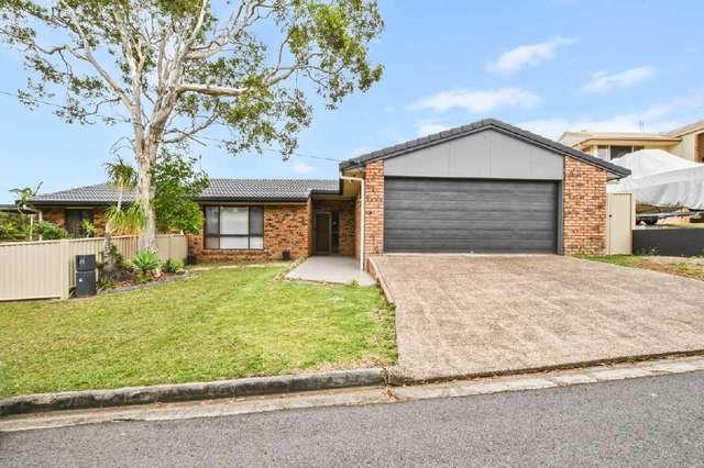 25 Enfield Crescent, Currimundi QLD 4551