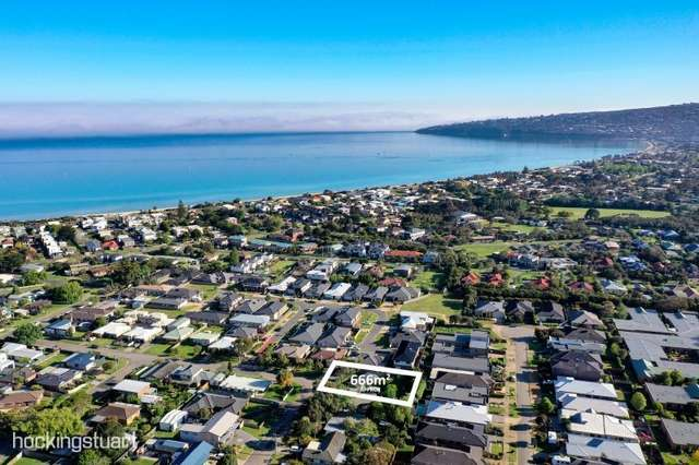 10 Walter Street, Safety Beach VIC 3936