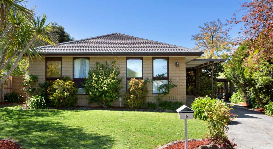 6 Loxley Court