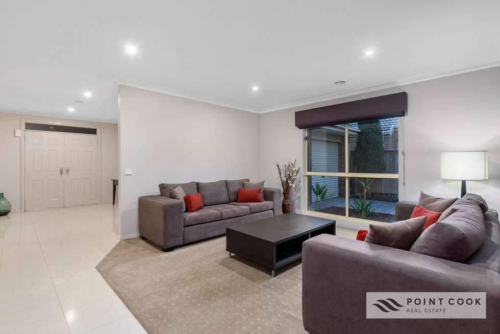 Fifth view of Homely house listing, 22 Maidenhair Drive, Point Cook VIC 3030
