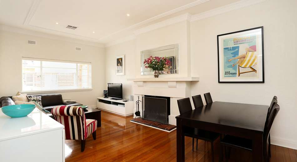 4/8 Irving Avenue