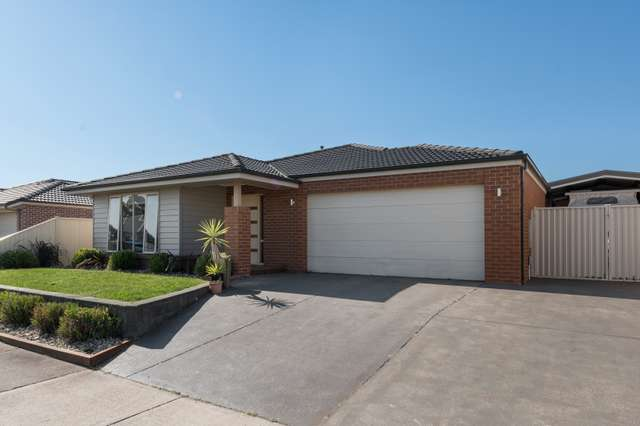 8 Normlyttle Parade, Miners Rest VIC 3352